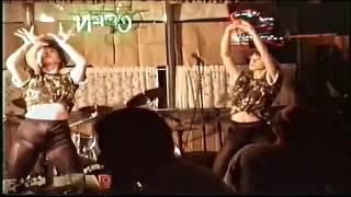 HOT DANCING LESBIANS