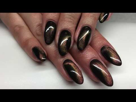 Cat Eye Nails: How To Create Stunning 5D Cat Eye Nail Art Decoration?