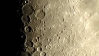 Flat Earth: First Zoom in on the Moon with my P900.