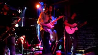 Levent Özer -  İki Ayrı (gitar solo)