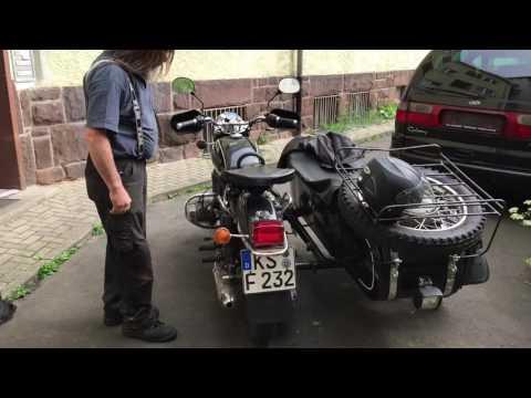 Das Benzin oder der Dieselmotor für Mercedes