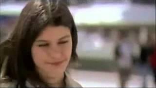 تحميل اغاني Garraly Eh Amr diab 2013 عمرو دياب جرالي ايه MP3
