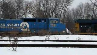 preview picture of video 'West End of East Syracuse CSX Yard on 12-20-2010'