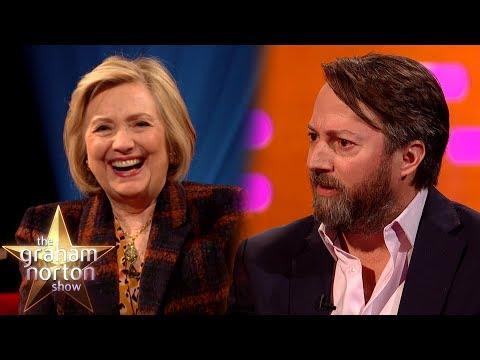 David Mitchell o své dětské stížnosti a Clintonovy o životě v Bílém domě