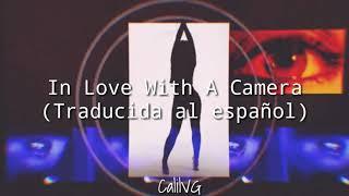 In Love With A Camera   The Struts (Traducida Al Español)