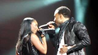 """John Legend """"No other love"""" at the Zenith in Paris 07/03/09"""