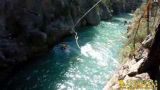 preview picture of video '01/09/13 Barranquismo acuático Montanejos con Ayahuasca Aventuras  [HD]'