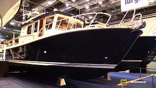 2018 Targa 32 Motor Boat - Walkaround - 2018 Boot Dusseldorf Boat Show