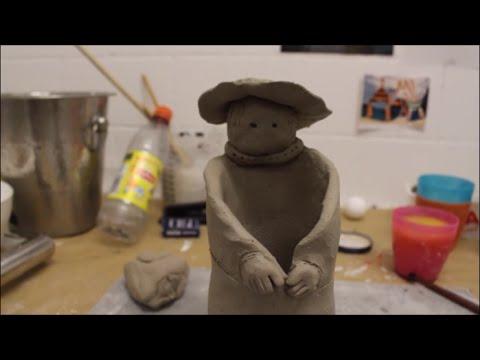 Keramik Figur Frau mit Hut / Mit Ton gestalten / Figur * Skulptur *  Vase