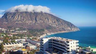 Гора Аю-Даг в Крыму.