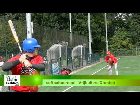 VIDEO | Het gaat bij softbaltoernooi Vrijbuiters in Dronten vooral om de gezelligheid