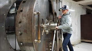 Exploring 100 Year Old Bank Vault - Video Youtube