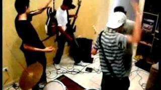 Negócios - 5HC (clipe))