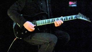 Guitar-view.com: Jackson Soloist SL2H vs. Ibanez JS20th