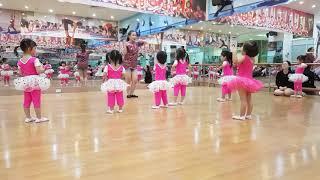 [BÉ HỌC NHẢY] - Vũ Điệu Chicken Dance