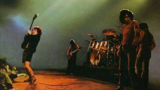 AC/DC - Baby Please Don't Go (live)