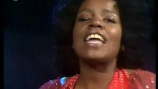 I Never Can Say Goodbye - Gloria Gaynor  (Video)