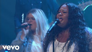 Tasha Cobbs Leonard - The River Of The Lord (Live At Passion City Church)