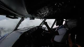 preview picture of video 'Boeing 737 aircraft landing in tropical monsoon weather.'