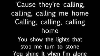 Ellie Goulding   Lights (lyrics On Screen)
