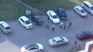 В Кемерове на улице Шахтеров произошла массовая драка