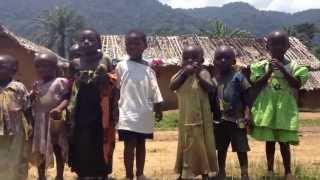 preview picture of video 'Местные жители одной из Конголезских деревень / Local people one of the Congolese villages'