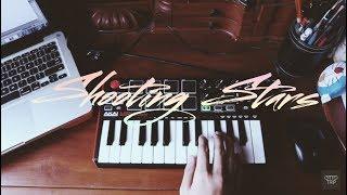 "Shooting Stars -  Bag Raiders (Instrumental Remake) with AKAI MPK Mini2 ""MEME SONG"""