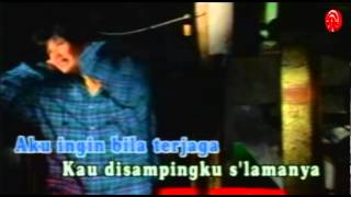 Gambar cover Nicky Astria - Mengapa [Official Music Video]