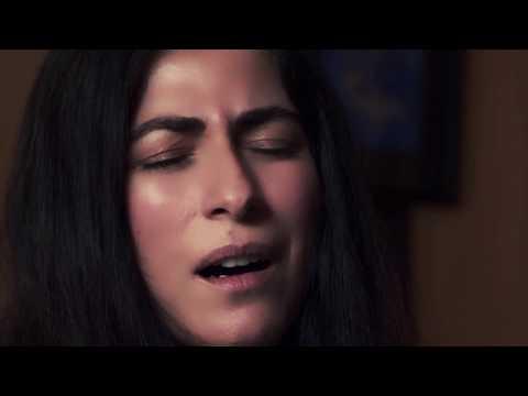 العرب اليوم - هبة القواس تتألَّق في ارتجالات موسيقية غنائية بالتعاون مع أبوظبي للثقافة والفنون