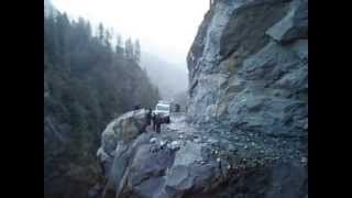 preview picture of video 'Thrilling Way to Manang, a remote district of Nepal'