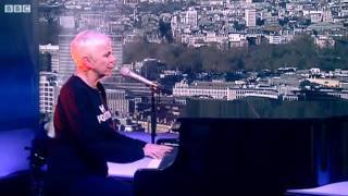 BBC News - Annie Lennox performs In the Bleak Midwinter.mp4