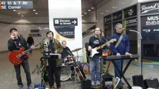 NYC street artists (X) - The Meetles (Beatles covers) playing Let It Be + I Saw Her Standing There