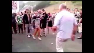 Смешные пьяные танцы! Смотри!