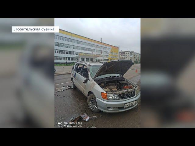 В Ангарске из автомобиля выпал ребёнок