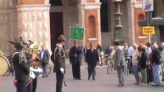 preview picture of video 'Raduno Alpini Forlì 2003 - Onore alle Bandiere e Labari -'