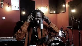Fameye - Okomfour Kwaadee (Studio Session )