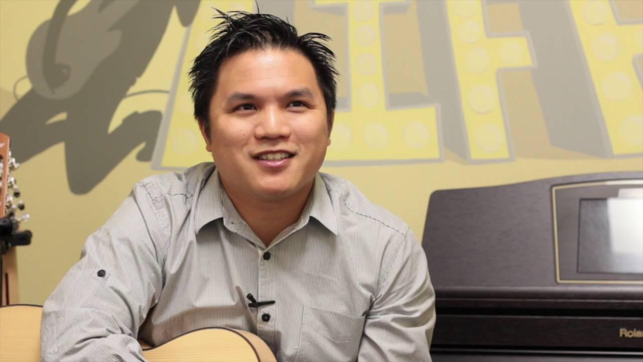 Andrew the Guitar Guru