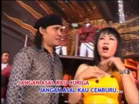 40 Nonstop Disco Bar Dangdut - Buka Pintu Mp3