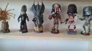 Alien and Predator Headknocker Bobbleheads