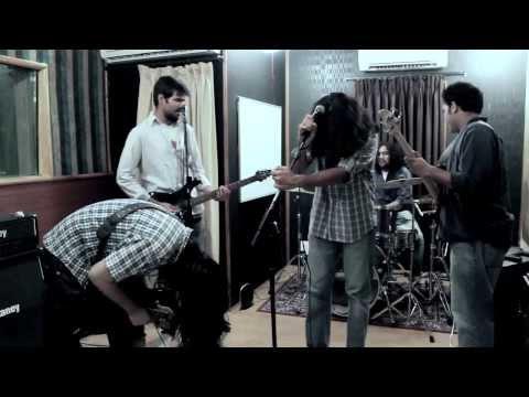 Vajra - Aparajit (Live)