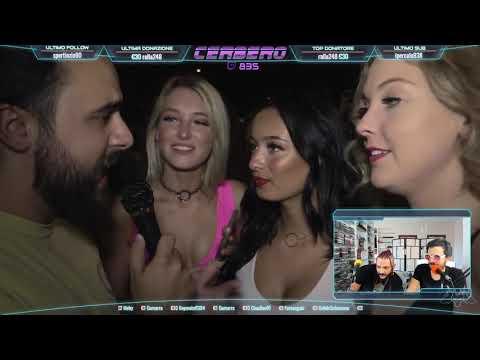 Ragazze video e macchina del sesso