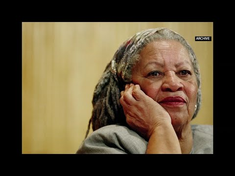 Oprah Winfrey and Michael B. Jordan discuss Nobel Prize-winning author Toni Morrison's legacy and how she impacted them. (Aug. 7)
