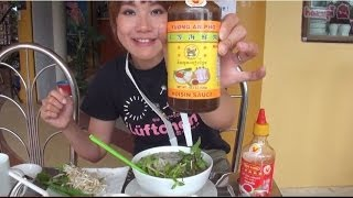 preview picture of video '#36 Brunch at Phnom Penh. Yummy! - Halo~Konnichiwa'