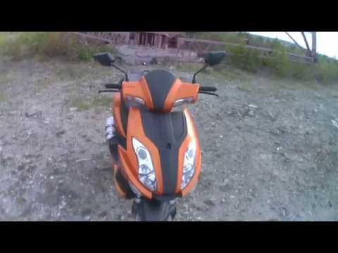 обзор скутера sonik corsa и покатушки по пересеченной местности.