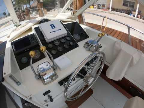 Tiara Yachts 31 Open video