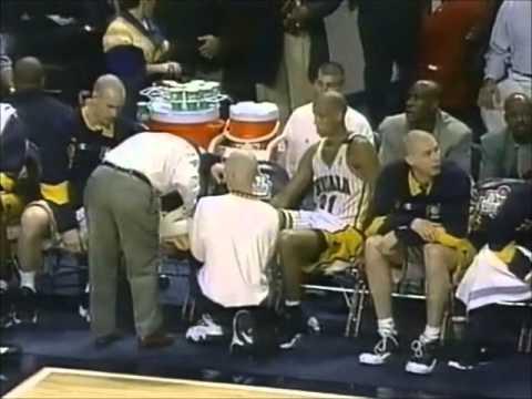 Reggie Miller: Tough Battle vs. Jordan and the Bulls (1998 ECF Game 3, 28 points)
