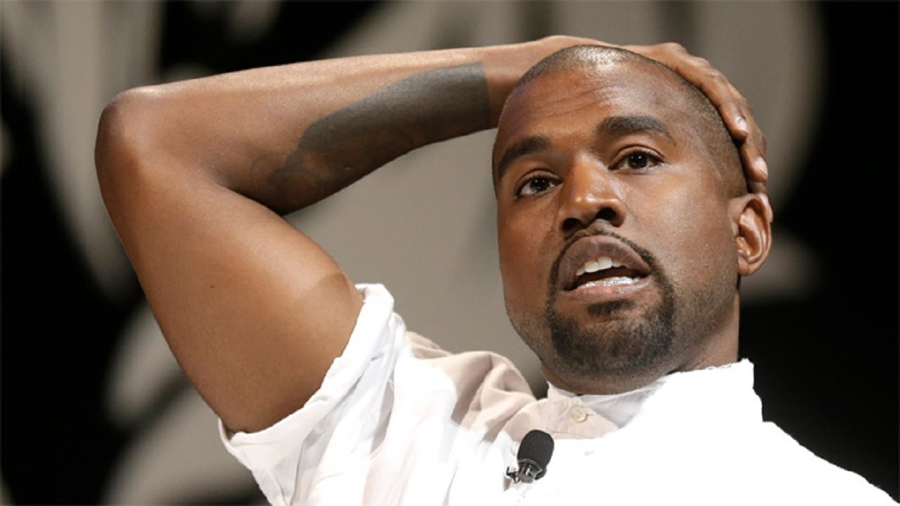 Music Festival Fans Give Kanye West Taste Of His Own Medicine thumbnail