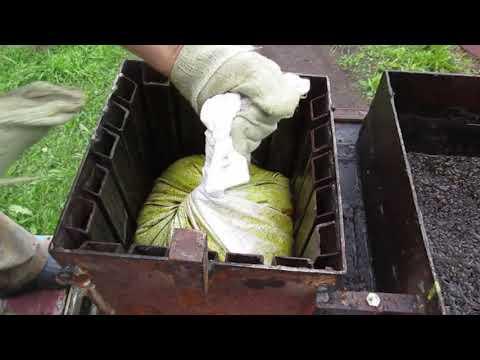 Переработка воскосырья на нашей пасеке.