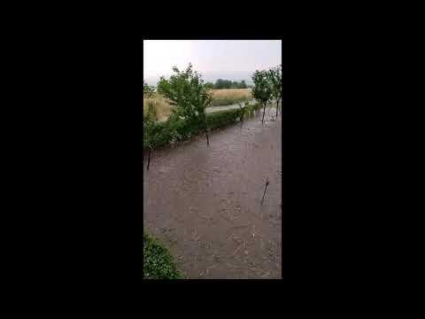 Kiša i grad u Nišu i Prokuplju, do kraja dana nevreme moguće i u ostalim gradovima na jugu