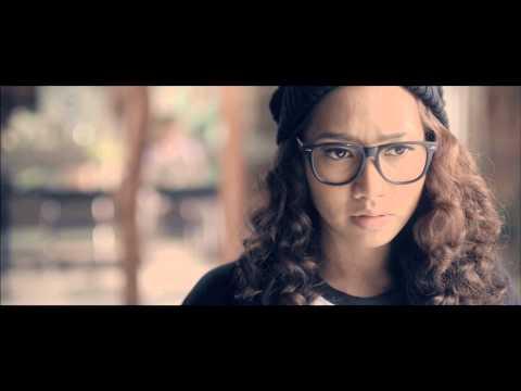 YUKA KHARISMA - Dengan Tiada Luka (Official Music Video)